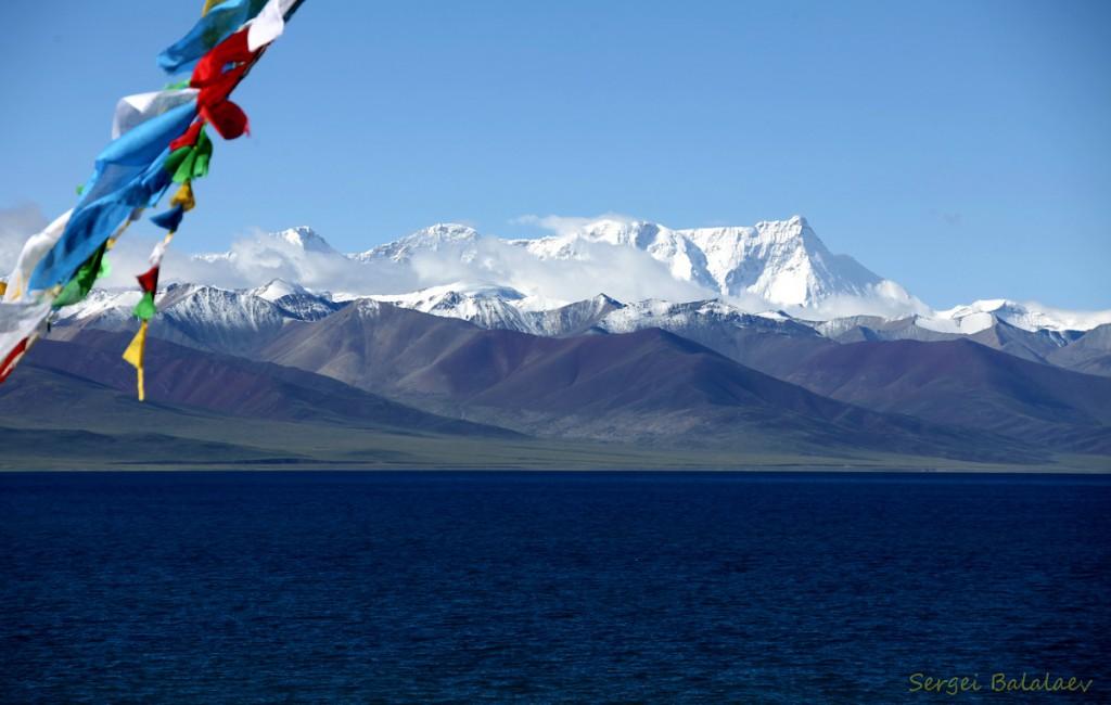 Вид на г.Тангла с мыса Таши До озера Намтсо