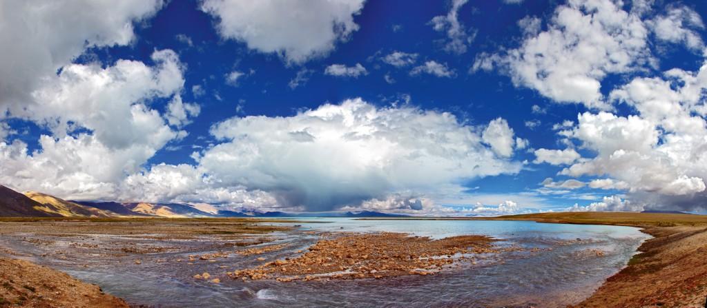 Южный берег озера Дангра