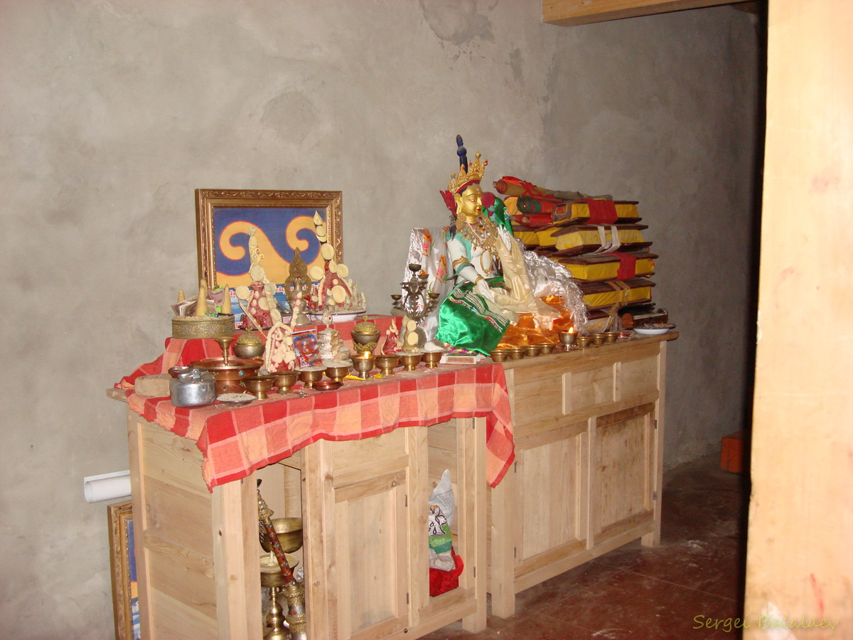 В монастыре Дира Пук